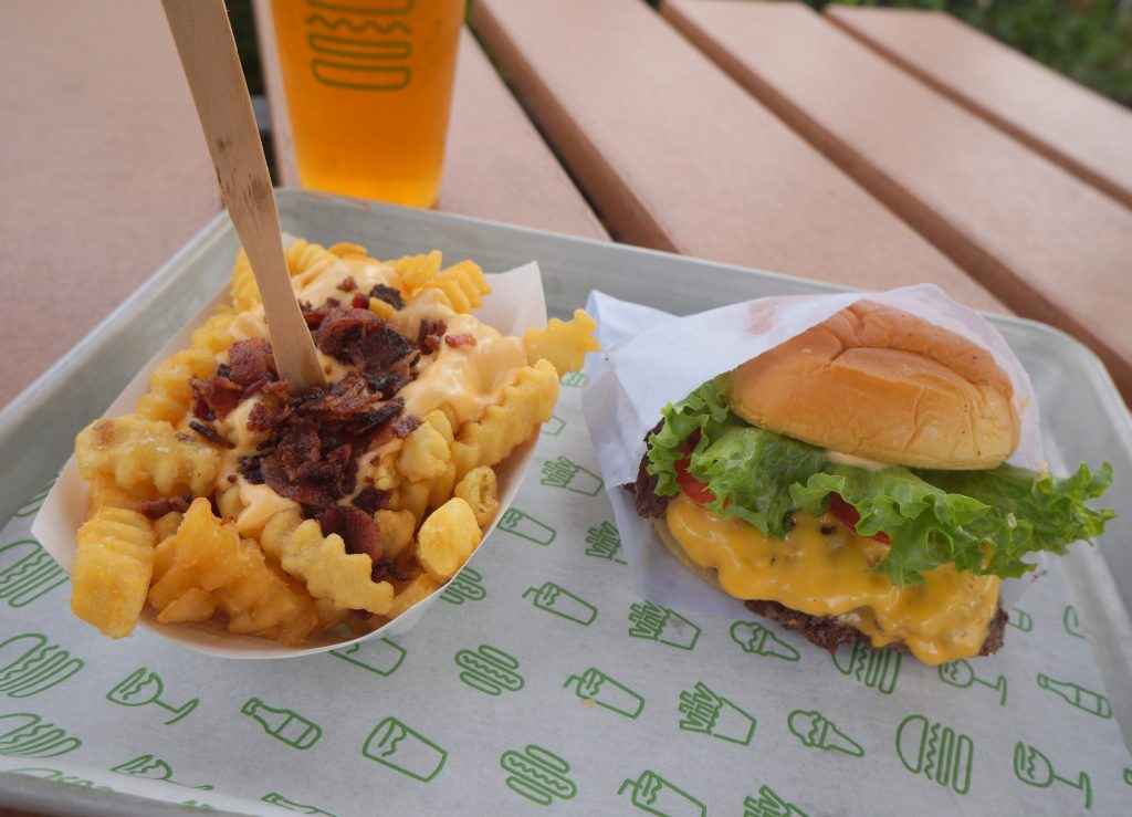 Shake Shack Burger review and comparison to In-n-Out and Five Guys